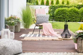 Top 10 garden accessories for the summer